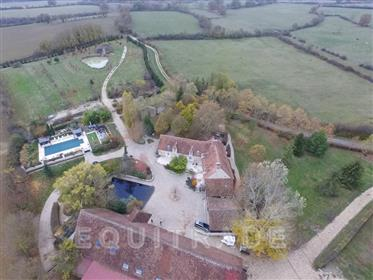 Quality property with 15ha, swimming pool...