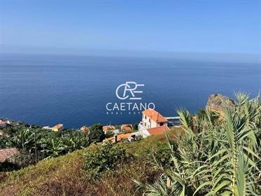 Luxuriöse Villa mit Panoramablick auf das Meer zum Verkauf