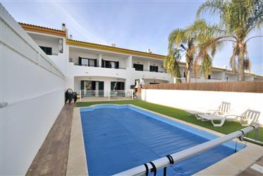 3 + 1 bedroom villa with pool, Albufeira