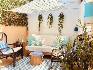 Preciosa Casa Reformada Con Patio En El Centro De Begur