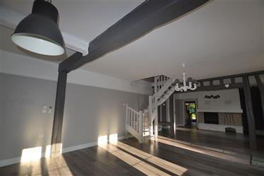 Casa : 180 m²