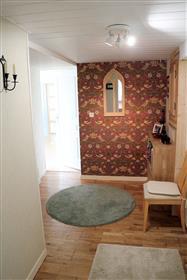 Maison avec vue imprenable et appartement au rez de chaussee