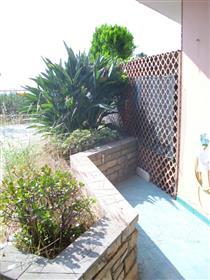 Sanremo rif. 11S appartamento con terrazzo/giardino