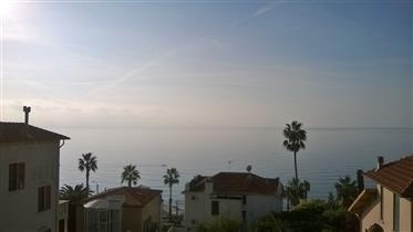 Sanremo rif. 16S, Attico panoramico vista mare