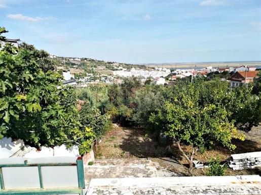 Terreno Urbano para construção na Zona de Alhandra
