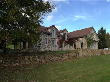 Steinhaus mit herrlichem Ausblick