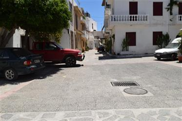 Apartment in the old town of Ierapetra, in need for some modernization.