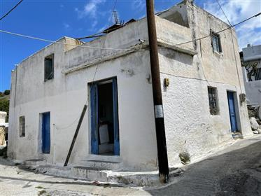 Papadiana-Ierapetra: House of 140m2 with a plot of 2000m2 ju...
