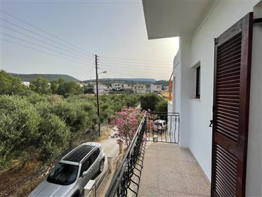 Pachia Ammos-Ierapetra: Two storey house with views to sea and mountains.