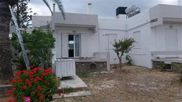 Maison de 50m2 dans un complexe de maisons à Trypitos.