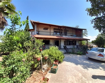 Detached house 292 m² in Thessaloniki