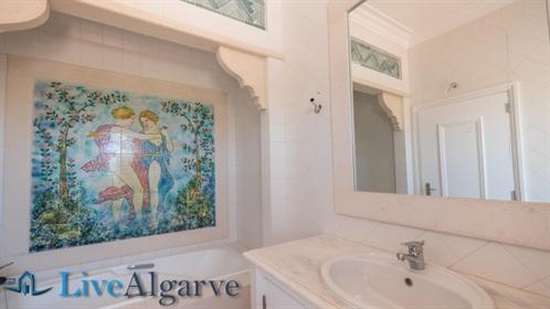 Dream Villa Casa-Benagil with 5 Bedrooms and Sea View, Lagoa