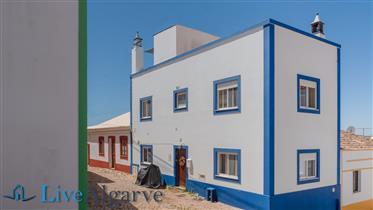 Adorável Moradia Geminada T2 em Figueira, Vila do Bispo