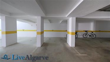Bonito Apartamento T1 com Piscina e Vista Mar na Meia Praia, Lagos