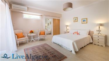 Well located modern south facing 5/6 bed villa .15 mins from Albufeira and beaches