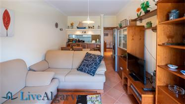 Bonito Apartamento T2 com Piscina na Meia Praia, Lagos