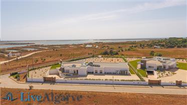 Villa de luxe avec piscine T6 à Vale da Lama avec vue sur la mer, Lagos