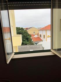 Apartamento T2 Remodelado perto de Peniche