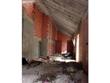 Moradia T4 Cadaval, em construção