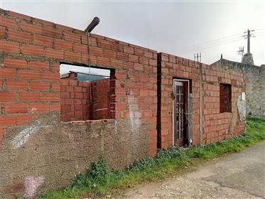 Moradia T1, perto de Cadaval, remodelada