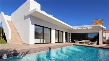 Cómoda y Elegante Villa en Alicante– Llave en mano