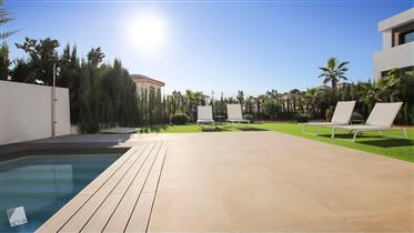Cómoda y Elegante Villa en Alicante