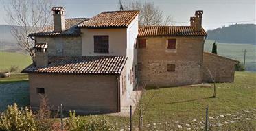 Casale Panoramico Con Terreno