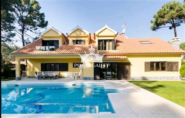 Villa V5 bij het strand op 20 minuten van LISBOAna