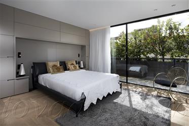 Prestigious penthouse * Bauhaus building for preservation * ...