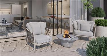 Тихая новая высококлассная квартира с широкой солнечной террасой с волшебным видом