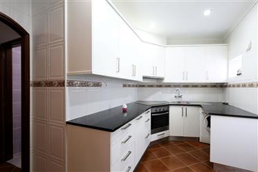 2 bedroom apartment, ground floor at Sítio da Nazaré