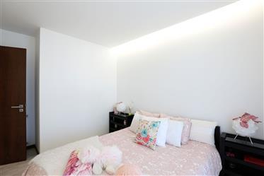 Appartement de 2 chambres, avec d'excellents espaces de loisirs à Sítio da Nazaré