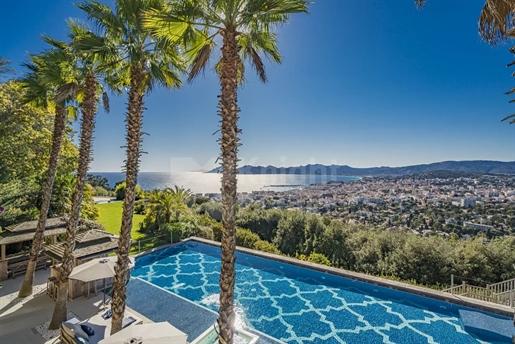 Vynikajúca Vila v kopcoch Cannes
