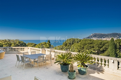 An outstanding apartment/villa in a Belle Epoque Residence in Roquebrune Cap Martin with Views