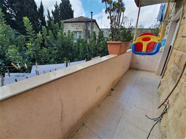 Apartment for sale in Nachlaot,