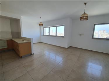 Apartment for sale in the city center,