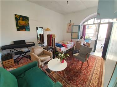 2.5 room apartment for sale in Mahane Yehuda,