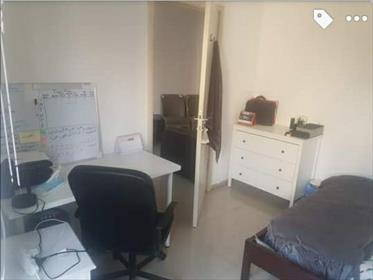 3 room apartment for sale near Machane Yehuda!