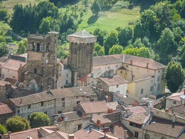 - Tower Medieval Xiii Century - Classified Mh, in the heart of one of the most beautiful v