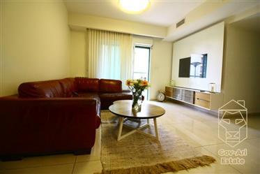 Un incroyable appartement de 4 pièces comme neuf dans le quartier d'Arnona, à la recherche d'un ach
