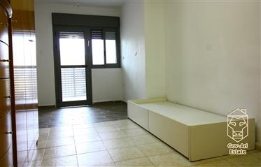 New Exclusive! For sale a spacious and bright 4-room apartment in Baka!