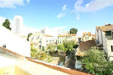 ?  Price Reduction Don't Miss Out ? Exclusive 6 Room Duplex For Sale In Beautiful Nachlaot with Priv