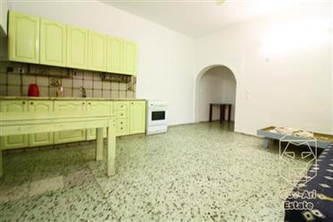 Un appartement de 4 pièces au cœur de Nachlaot avec Big Potential est à la recherche d'un acheteur!!