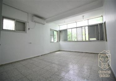 Another Price Reduction!! A once in a lifetime opportunity!!  Exclusive 4 Room Apartment For Sale In