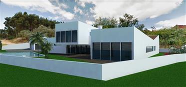 House: 550 m²