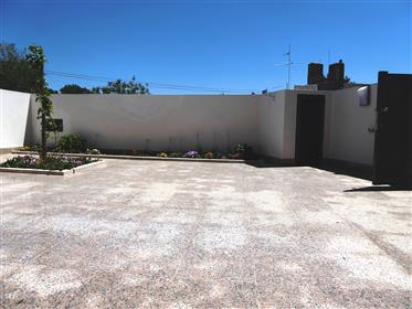 Nouvelle maison réhabilitée. Portugal, Aveiro, Oliveira do Bairro.