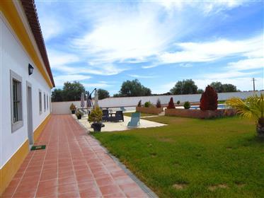 Ground Floor House, 500m2, 4 bedrooms. Portugal, Évora.