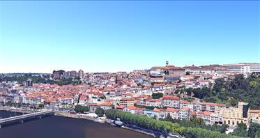 Quinta 35 ha, Mosteiro, Edifícios. Portugal, Coimbra.