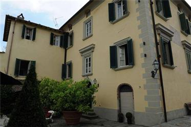 V 302021 villa storica Versilia