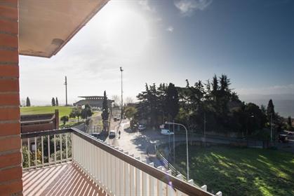 Appartamento di 100 m2 a Volterra